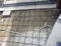 生コンを流し込む前の鉄筋を組んだ状態