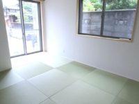 畳は、和紙をゆって作っているダイケン製を採用。